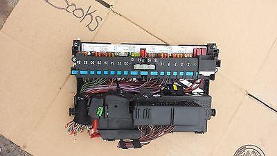 Tremendous 2001 2006 Bmw 325I E46 Oem Right Front Relay Fuse Box Behind Glove Wiring Cloud Ymoonsalvmohammedshrineorg