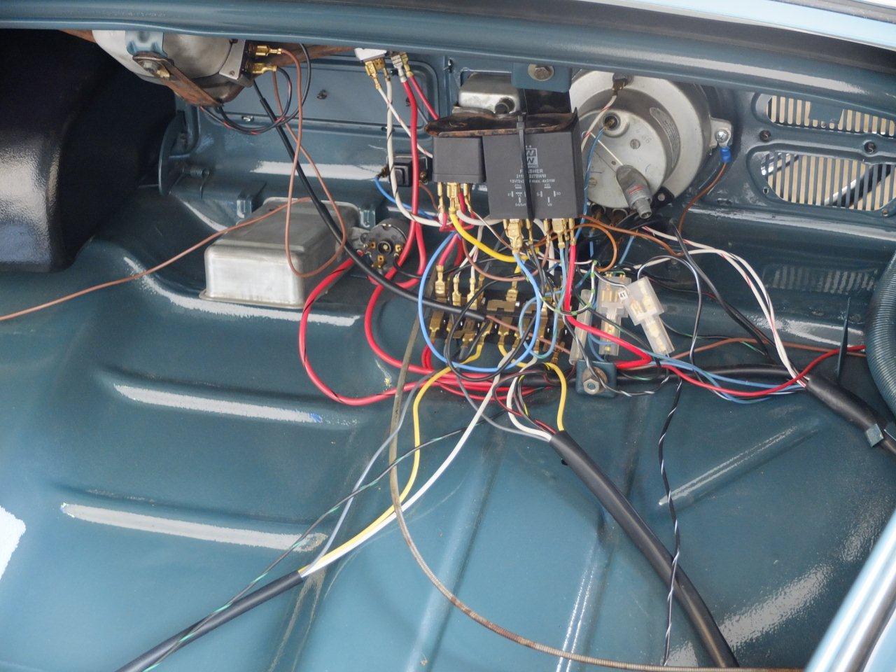 Astounding 1971 Vw Bug Wiring Harness Basic Electronics Wiring Diagram Wiring Cloud Monangrecoveryedborg