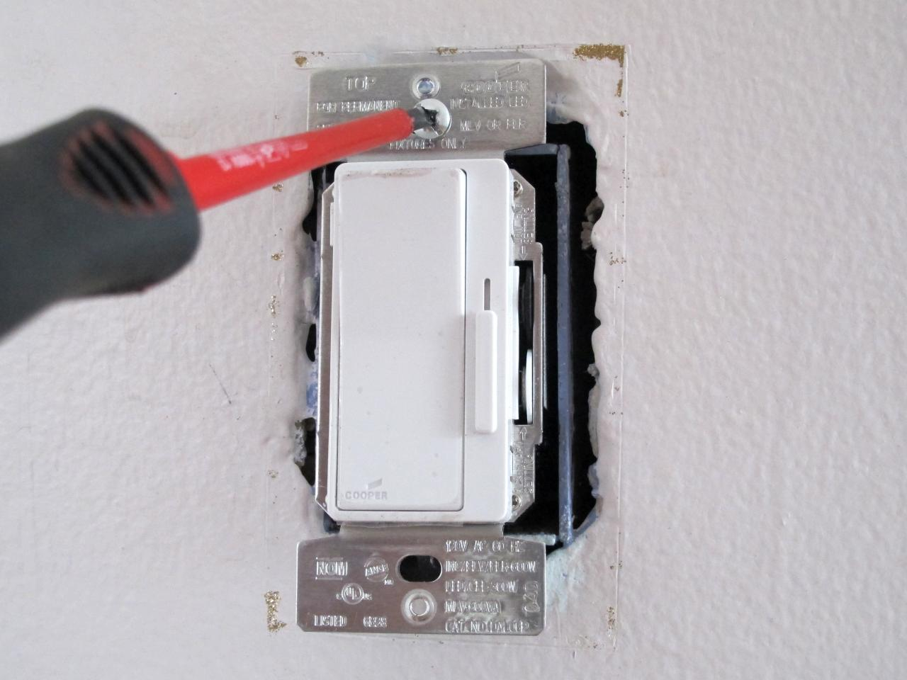 Terrific How To Install A Dimmer Switch How Tos Diy Wiring Cloud Photboapumohammedshrineorg