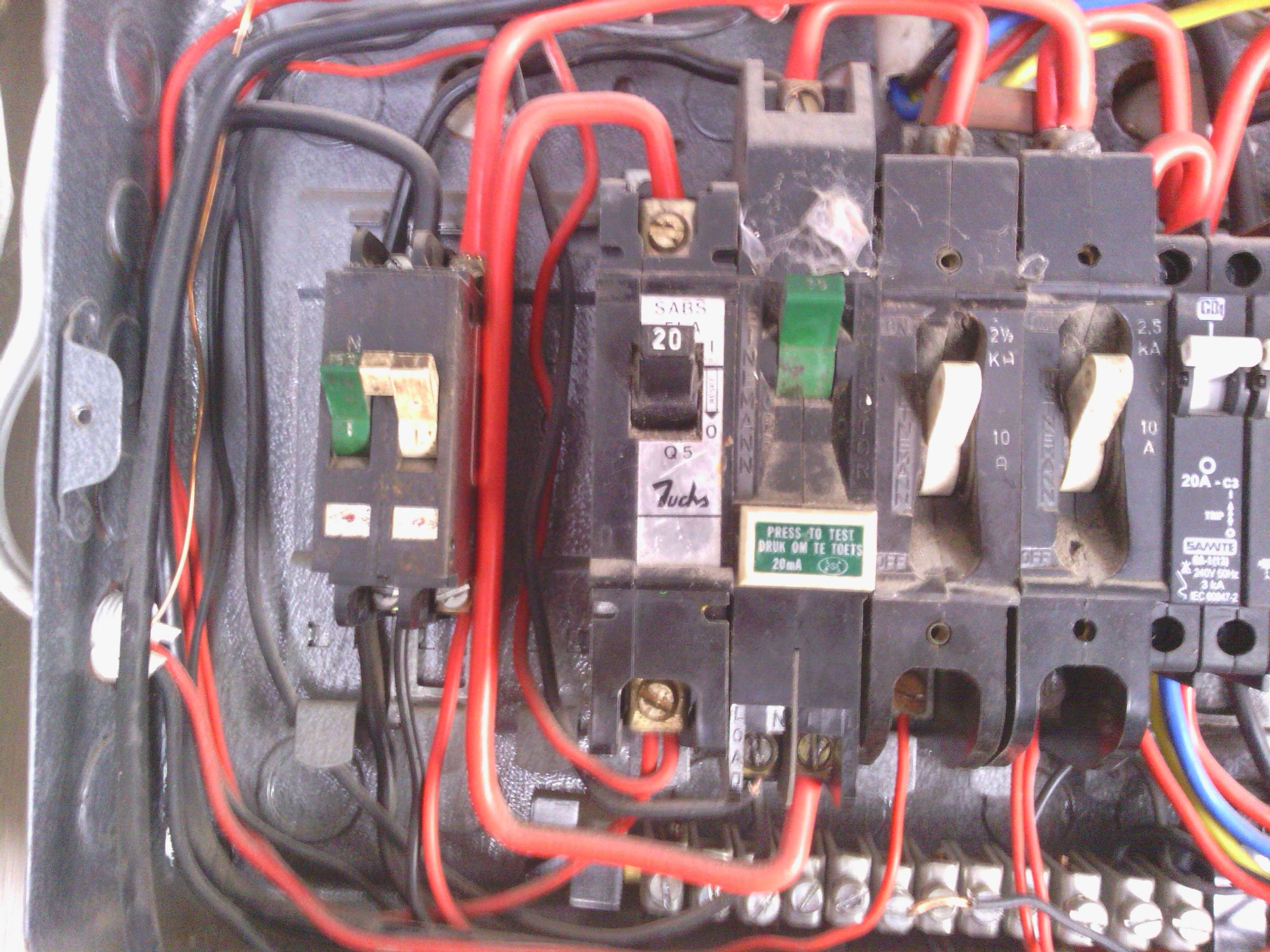 Admirable Electrical Why Two Breakers One For The Line One For The Neutral Wiring Cloud Lukepaidewilluminateatxorg