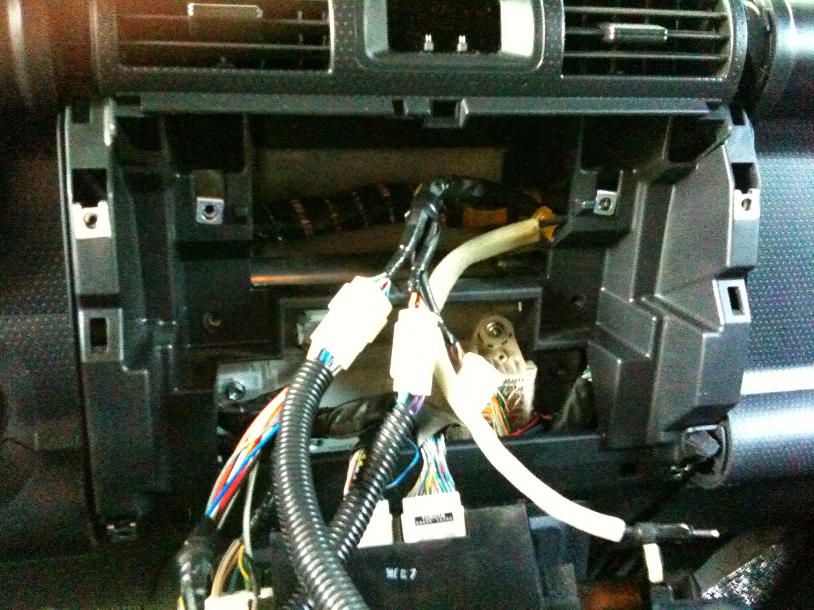 ZR_1252 Installing Trailer Wiring Harness Fj Cruiser ...
