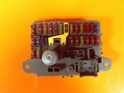 LAND ROVER DISCOVERY 300 RANGE ROVER CLASSIC 300 TDI INTERIOR FUSE BOX AMR1552