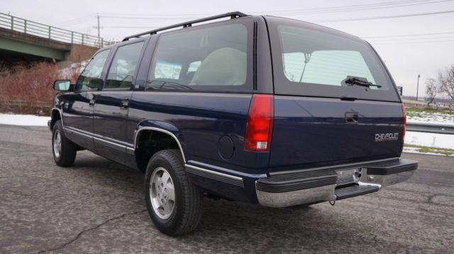 Wondrous 1993 Chevrolet Chevy Suburban 1500 4X4 Silverado Package Time Wiring Cloud Filiciilluminateatxorg