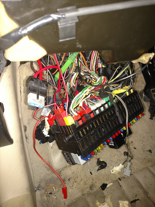 Vw Fuse Box Cables - Complete wiring diagramvetreriaduemme.it