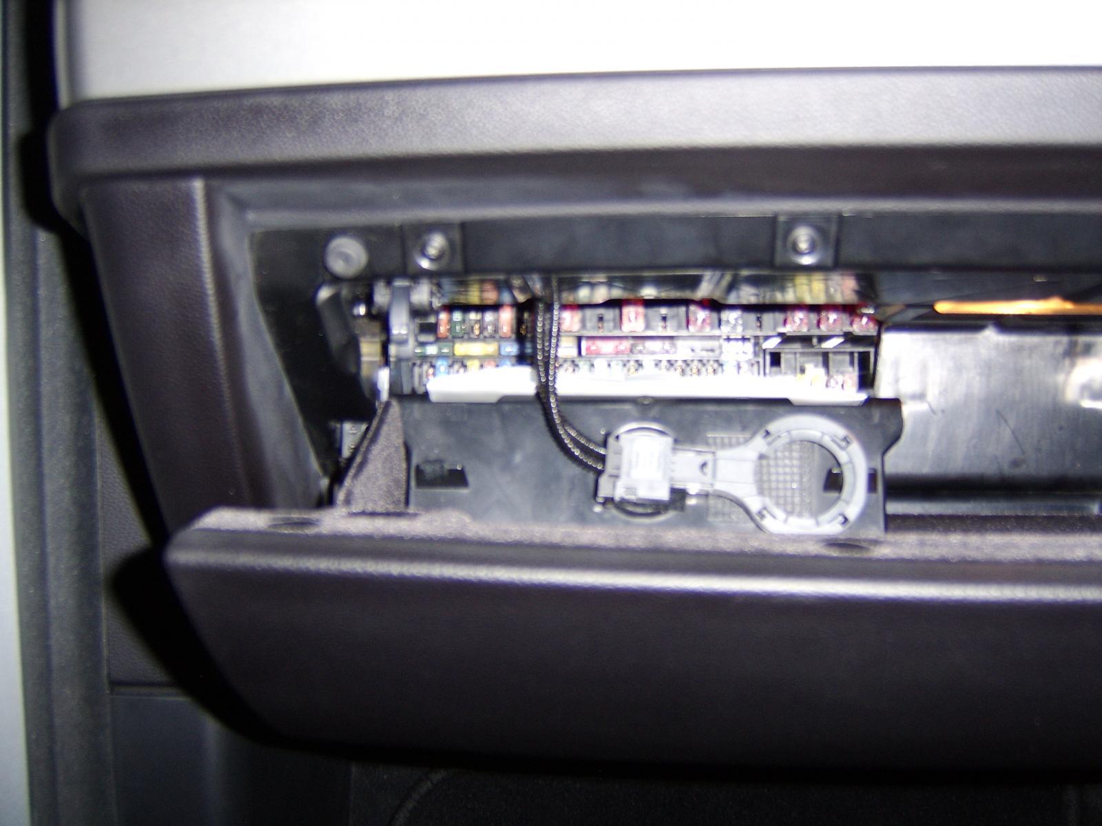 Pleasant Bmw 328I Fuse Box E Wiring Diagram Wiring Cloud Filiciilluminateatxorg